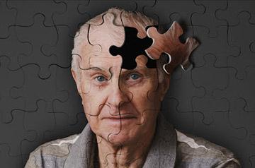 Люди с генетическим дефицитом фермента, ответственного за превращение ацетальдегида в уксусную кислоту, могут иметь больший риск болезни Альцгеймера