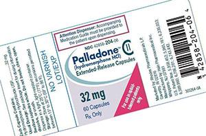 Версия гидроморфона пролонгированного высвобождения под названием Palladone была доступна в течение короткого времени в Соединенных Штатах, прежде чем была добровольно отозвана с рынка после предупреждения FDA о высоком потенциале передозировки препарата при приеме с алкоголем