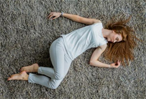 Катаплексия – это внезапная временная потеря мышечного тонуса, сопровождаемая полным осознанием этого факта