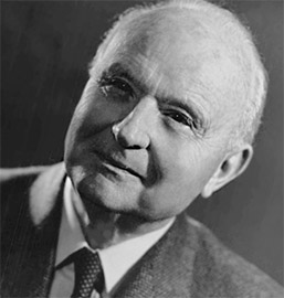 Октопамин был впервые обнаружен итальянским ученым Витторио Эрспамером в 1948 году в слюнных железах осьминога