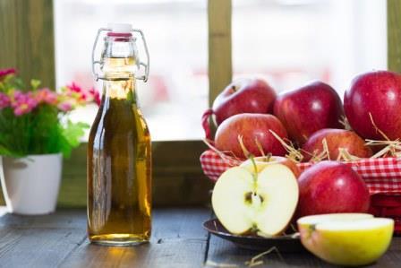 На протяжении веков, уксус использовался в различных бытовых и кулинарных целях.